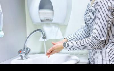 Bezpieczny wypoczynek – zalecenia w związku z przypadkami koronawirusa w Polsce