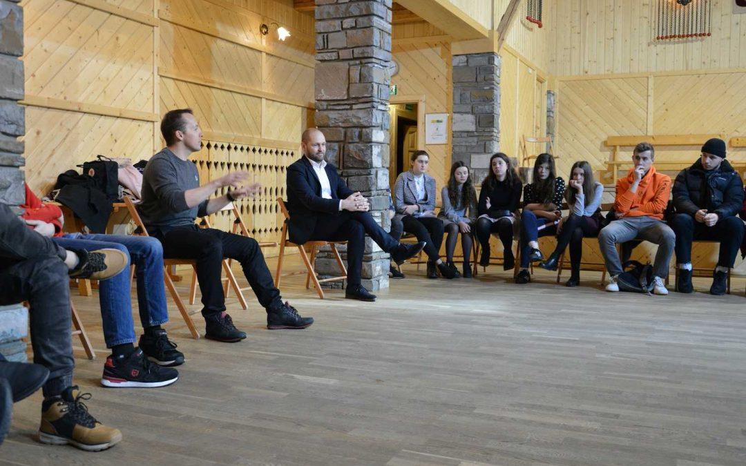Grow Up to Vote: spotkanie młodzieży z prezesem LOT Made in Zakopane